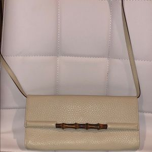 AUTHENTIC GUCCI BAMBOO CREAM CROSSBODY BAG